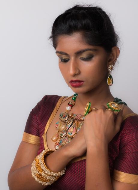 Meenakari hand-painted necklace.
